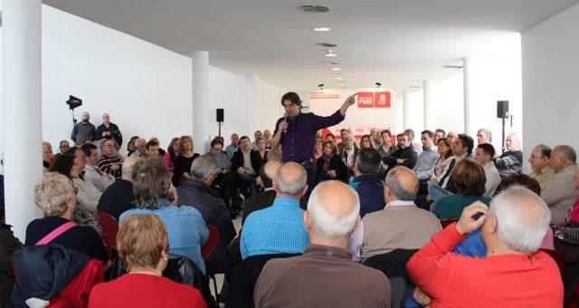 """Javier Ayalalamenta que haya partidos que jueguen a """"romper"""" para intentar sacar rédito político. Manuel Robles""""a los socialistas nadie nos va a dar lecciones respecto a la defensa de las […]"""